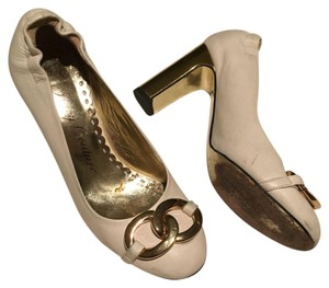 Juicy Couture Pumps