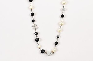 Chanel Chanel 11p Silver Tone Black Faux Pearl Crystal Bead Cc Station Necklace