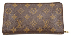 Louis Vuitton MONOGRAM CANVAS ZIP BI-FOLD WALLET