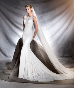 Pronovias Omar Wedding Dress