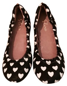 Elorie Black and white pony hair Flats