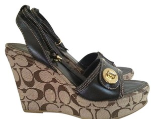 Coach Signature Logo with Brown Wedges