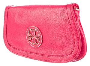 Tory Burch Textured Amanda Gold Hardware Reva Logo Shoulder Bag