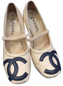 Chanel Cream Pumps
