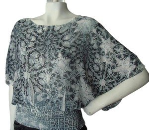Other Geometric Print Print Kimono Sleeves Grey Faded Print Geometric Print Top white black