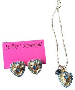 Betsey Johnson betsey johnson blue hearts collection earring and necklace set