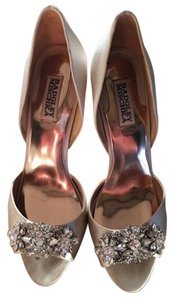 Badgley Mischka Elegant Peep Toe Stunning Champagne Formal