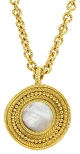Carrera y Carrera Carrera y Carrera Mother Of Pearl 18KY Gold Ruedo Pendant Necklace