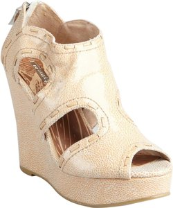 Matiko Leather Wedge Zipper Textured Nude/Sand Wedges
