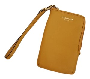 Coach Coach Card Phone Wristlet