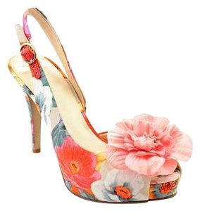 Nine West Flower Tropical Floral Summer pink Sandals