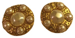 Chanel Chanel Gold/Pearl Clip On Earrings