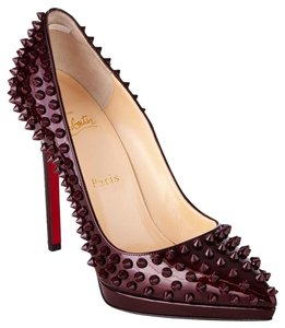 Christian Louboutin Rouge Pumps