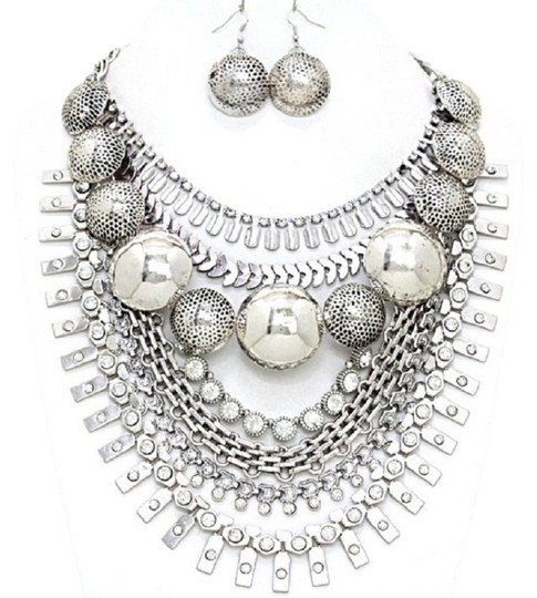 Preload https://img-static.tradesy.com/item/1848590/russian-silver-crystal-dome-tribal-gypsy-collar-earring-set-necklace-0-0-540-540.jpg