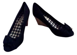 American Eagle Outfitters Wedge Bow Chic Black Wedges