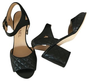 Chanel Quilted Pump Size 36.5 black Sandals