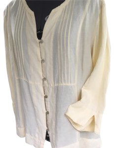 Van Heusen Top Pale yellow