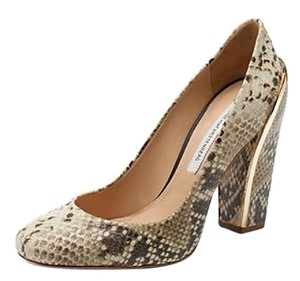 Diane von Furstenberg Beige/brown Pumps