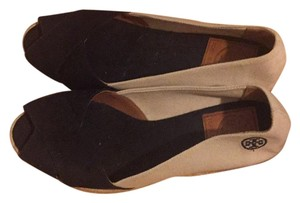 Tory Burch Tan and Black Wedges