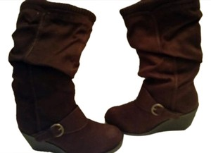 Mudd Wedge Soft Brown Boots
