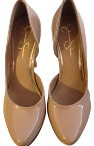 Jessica Simpson Patent Leather Trendy Sexy Taupe Pumps