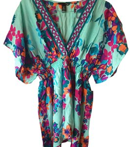 H&M Cover-up Short Sleeve Teal Top Floral