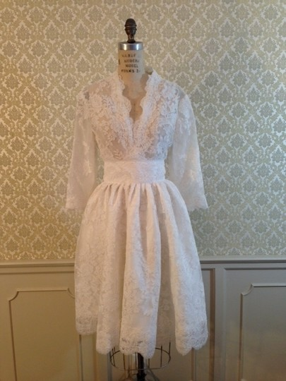 White Lace Sexy Sheer 3/4 Sleeve Top Never Worn) Size 12/14