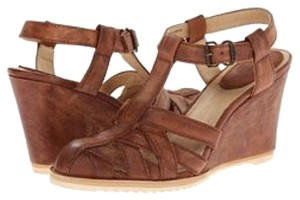 Frye Vintage Classic Casual Wedges