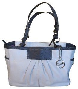 Coach Tote in White, Grey