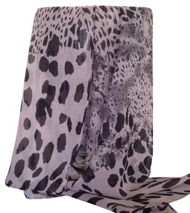 NEW - NEVER WORN - Delicate Women's scarf/wrap ,