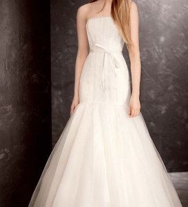 Vera Wang Strapless Satin And Organza Fit And Flare Gown Wedding Dress