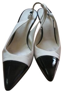 Chanel Mary Jane Two-tone Slingback Patent Leather Beige and black Pumps