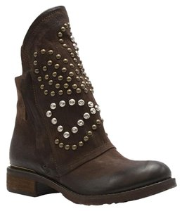 Rocker Distressed Leather Brown Boots