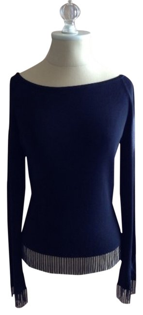 Preload https://item4.tradesy.com/images/the-limited-black-sweaterpullover-size-8-m-1851093-0-0.jpg?width=400&height=650