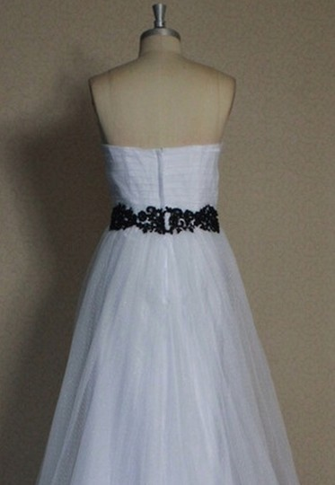 White Point D'esprit Tulle Strapless Sweetheart Illusion Overlay Ballgown Formal Wedding Dress Size 6 (S) Image 11