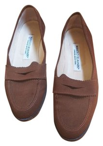 Manolo Blahnik Light Brown Flats