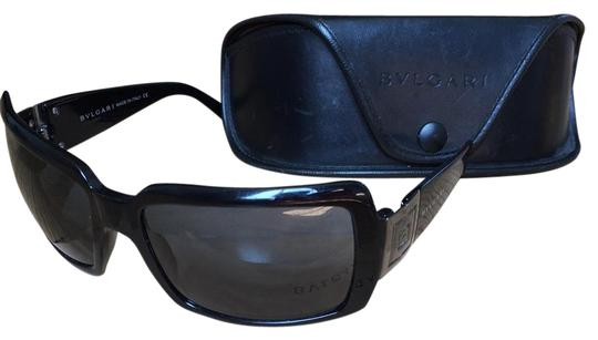 Preload https://img-static.tradesy.com/item/18512527/bvlgari-black-sunglasses-0-1-540-540.jpg