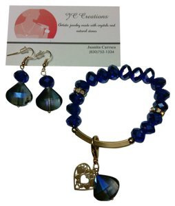 JC Creations artistic jewelry Blue facetted crystal bracelet and earrings set!