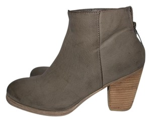 Ecote Urban Outfitter Boot Beige Boots