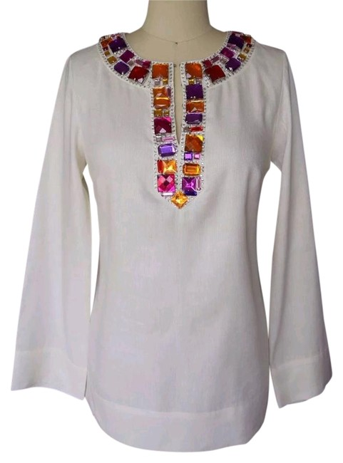 Preload https://img-static.tradesy.com/item/18515173/magaschoni-collection-creme-linen-embellished-neckline-tunic-size-4-s-0-1-650-650.jpg