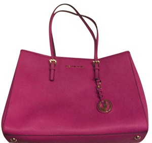 MICHAEL Michael Kors Tote in Hot Pink