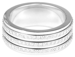 Piaget Piaget 18k white gold possession diamonds ring G34PO600