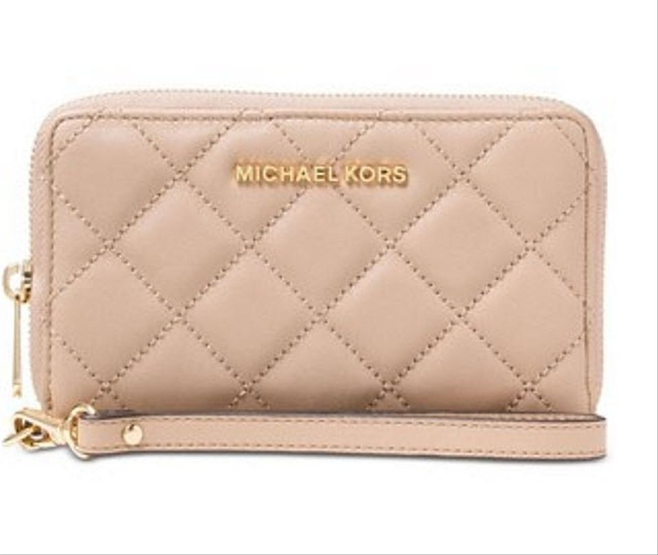 Michael Kors Blossom Gold Tone Jet Set Travel Quilted Phone Case ... : quilted wristlet - Adamdwight.com