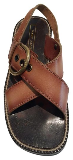 Preload https://img-static.tradesy.com/item/18519481/marc-jacobs-peanut-new-buckle-leather-lug-sole-brown-sandals-size-us-7-0-1-540-540.jpg