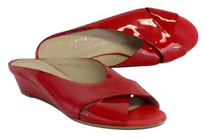 Attilio Giusti Leombruni Red Patent Leather Criss Cross Low Heels Heels Sandals