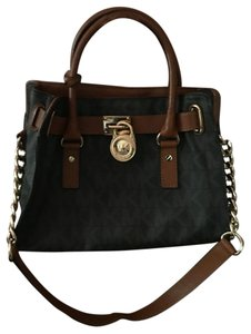 Michael Kors Satchel in BROWN AND GOLD