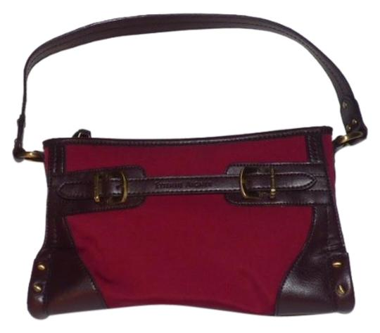 Preload https://img-static.tradesy.com/item/18521860/etienne-aigner-vintage-pursesdesigner-purses-burgundy-canvas-and-brown-leather-shoulder-bag-0-1-540-540.jpg
