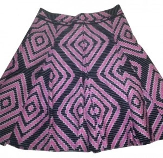 Preload https://item3.tradesy.com/images/tory-burch-pinkbluewhite-exclusive-knee-length-skirt-size-4-s-27-185242-0-0.jpg?width=400&height=650