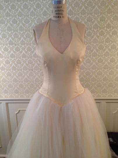 Lazaro Buttercup Ivory Silk Satin Organza Tulle Sexy Low Back Halter Ballgown 3d Flowers Formal Wedding Dress Size 8 (M) Image 10