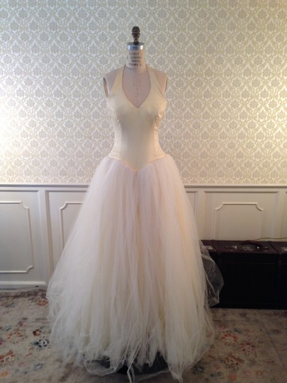 Lazaro Buttercup Ivory Silk Satin Organza Tulle Sexy Low Back Halter Ballgown 3d Flowers Formal Wedding Dress Size 8 (M) Image 11